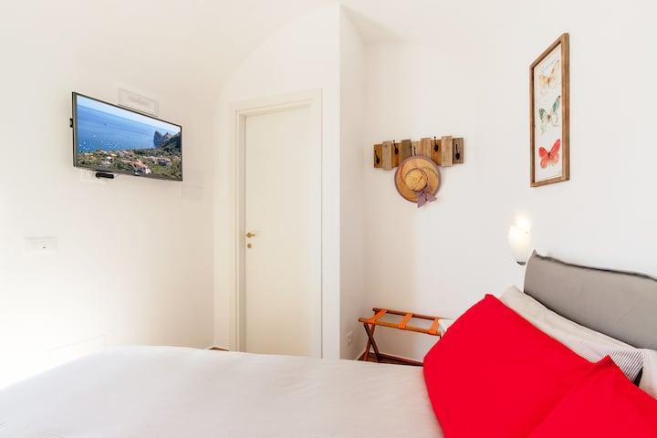 Villarena Relais Sea View Small Double Room