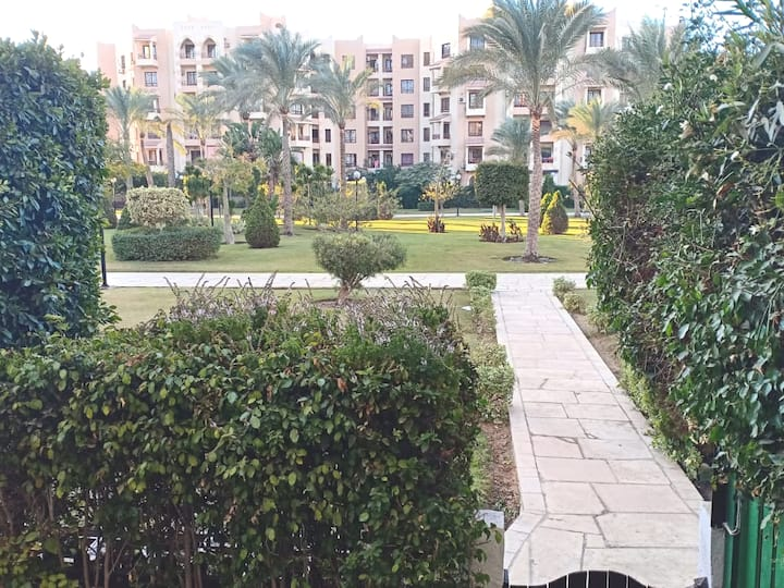 In Alrehab City nice apartmen with private garden
