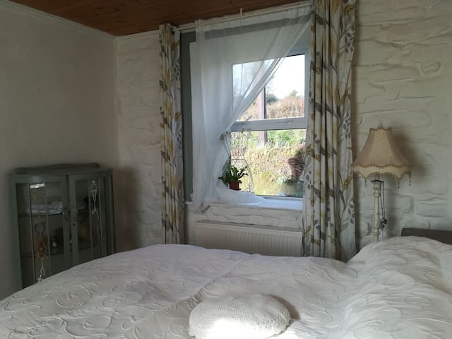 The 'Parlour' bedroom in peacefull country cottage
