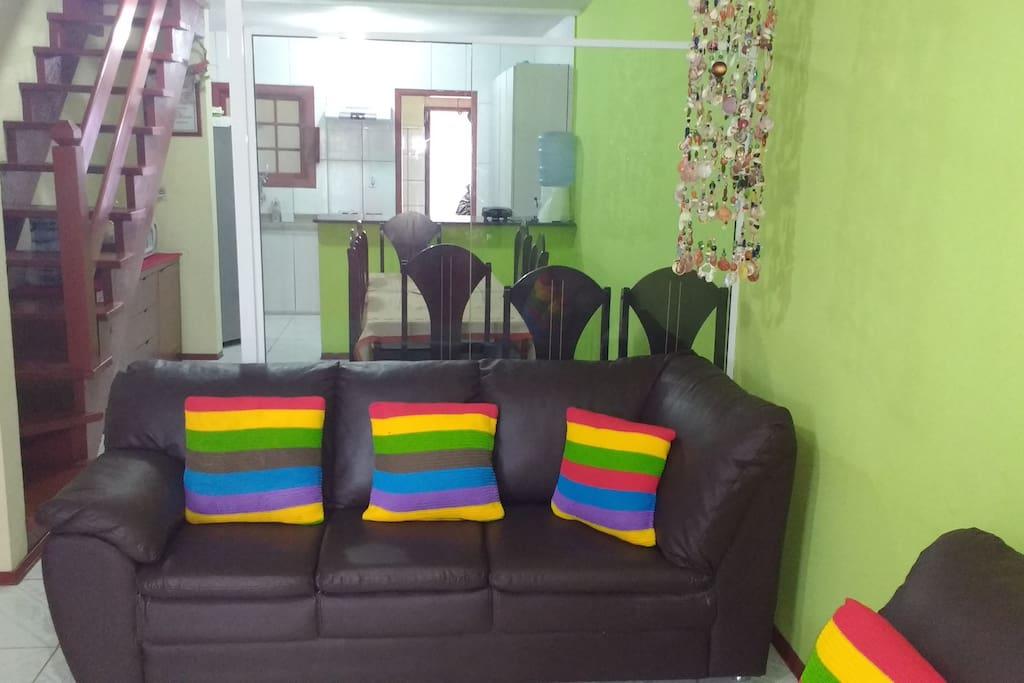 sala confortável com sofa de canto