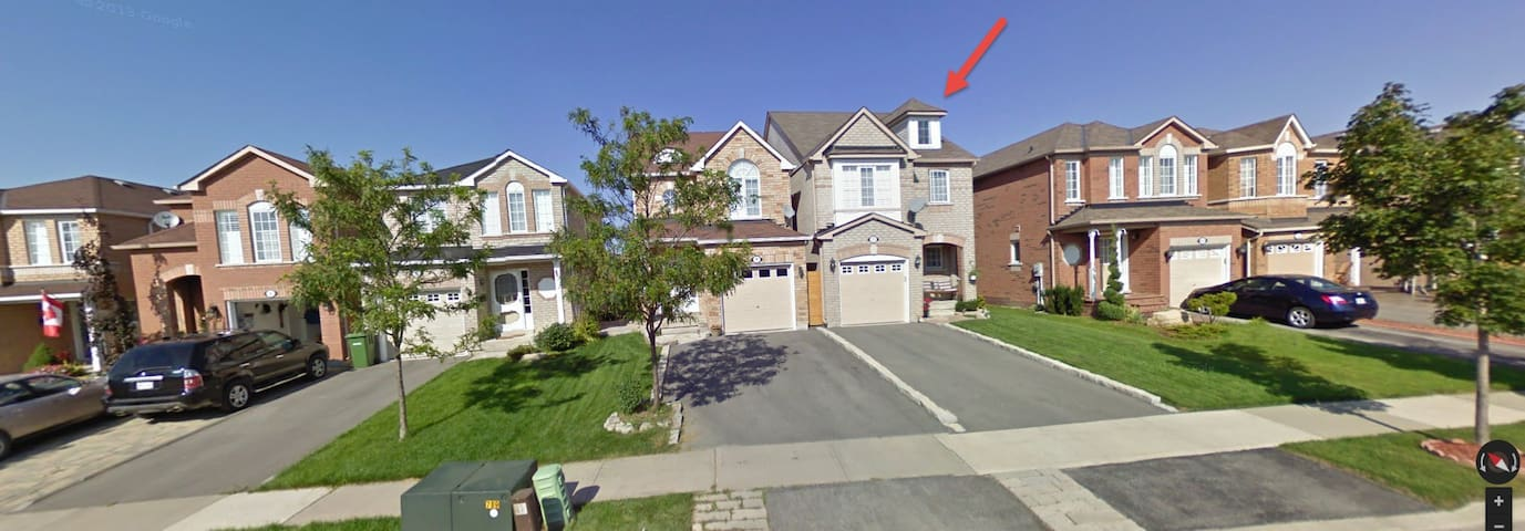 3 Bedroom Detached Home in Suburbs - Caledon - Appartement