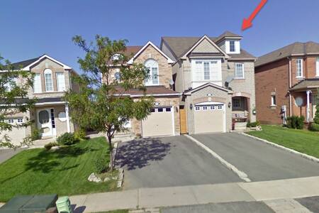 3 Bedroom Detached Home in Suburbs - Caledon