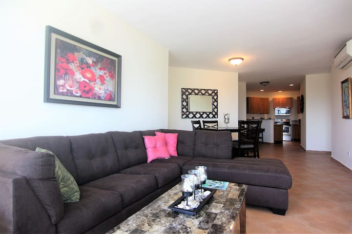 Golfers Delight 1 Bedroom Condo7E,Coronado Golf