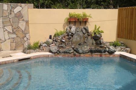 Island Palm Villas