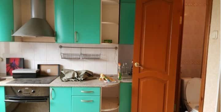Apartment Avtostroiteley 11