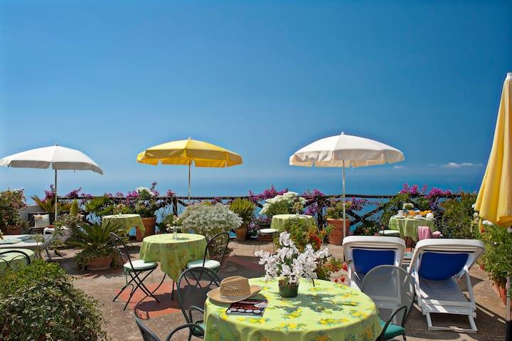 Casa Cuccaro B&B room with amazing sea view