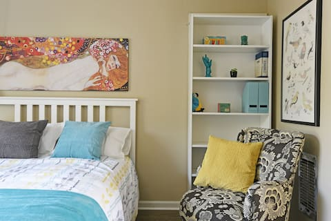 Super Cute Palms Studio Apartment
