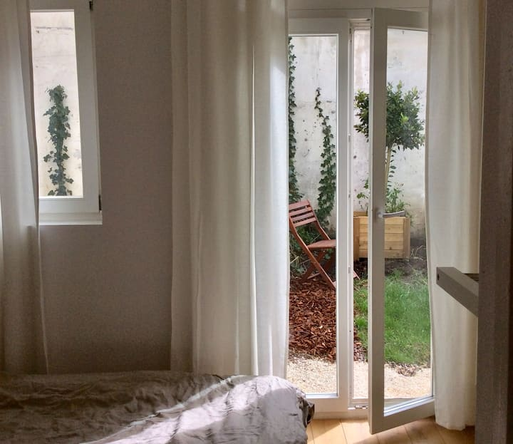 Louisa charming appart with one bedroom + garden