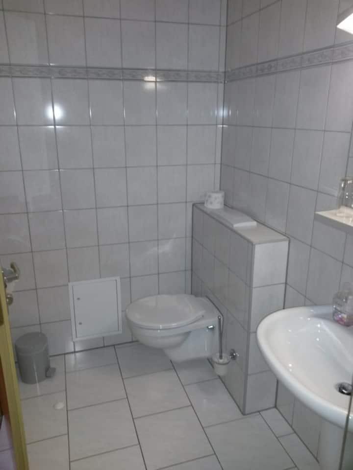 Gästehaus Röder (Weimar-Tröbsdorf) - LOH07569, Doppelzimmer mit DU/WC (Aufbettung möglich)