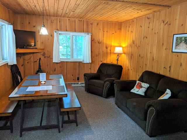 POV Resort Cabins - Social Distancing at its Best, Bald Eagle's Nest - Unit 1