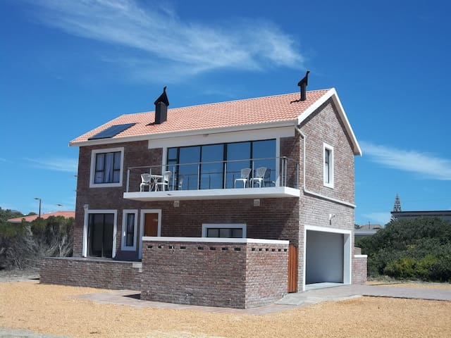 Comfortable 2 bedroom, self-catering house - Witsand - House