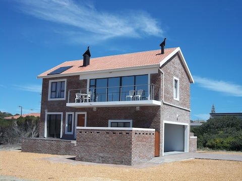 Comfortable 2 bedroom, self-catering house