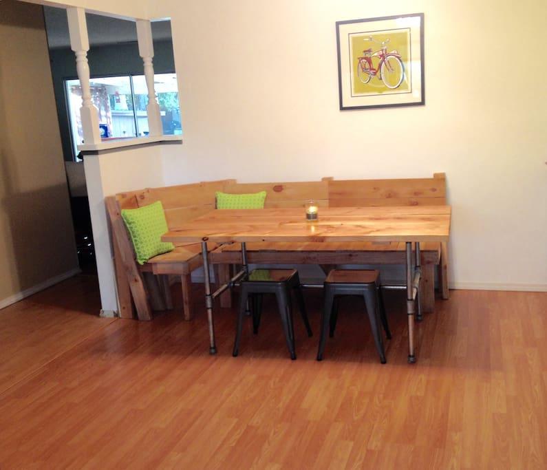 Kitchen breakfast nook
