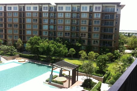 Cha-am Beach, comfy, cozy & private, Big swim pool