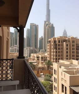 Beautiful 1 bd in the old town with a burj view - Apartemen