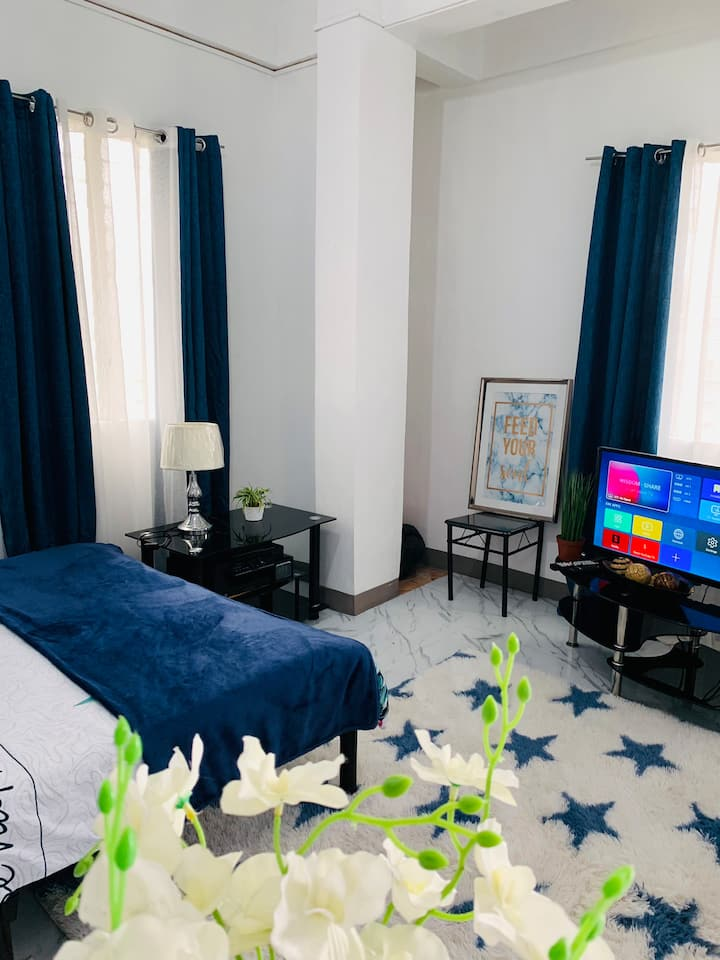 Transient Room/ Staycation for couple in Taguig