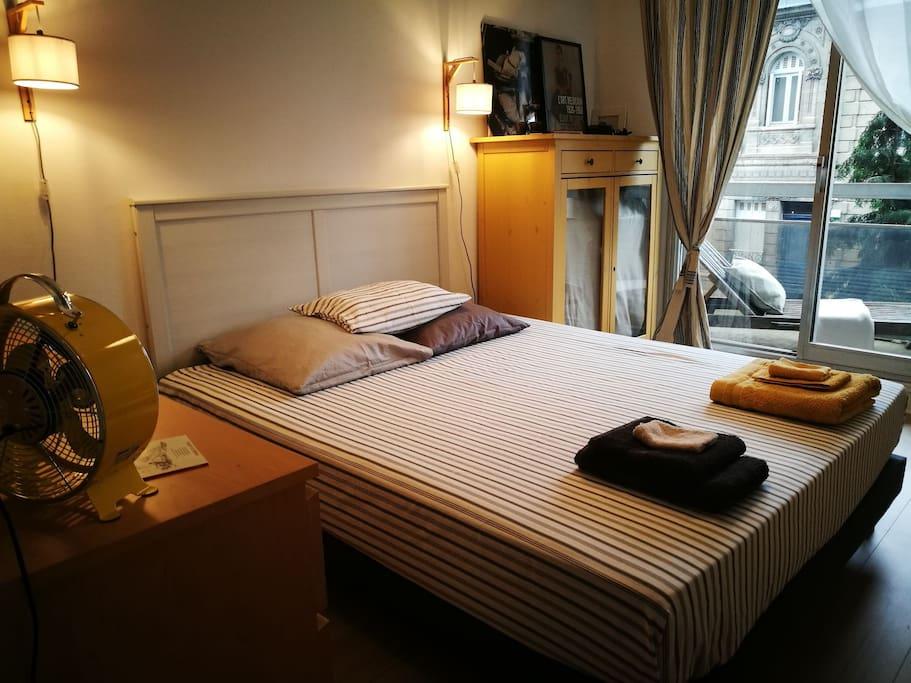 Grande chambre double (160x200)