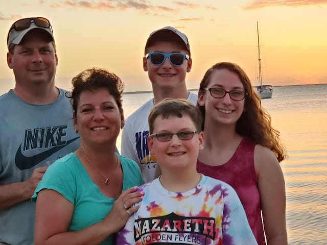 Finch Family Guide to the Florida Keys
