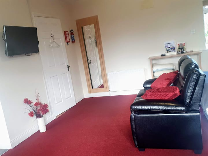 Luxurious Guest Suite in Tullamore