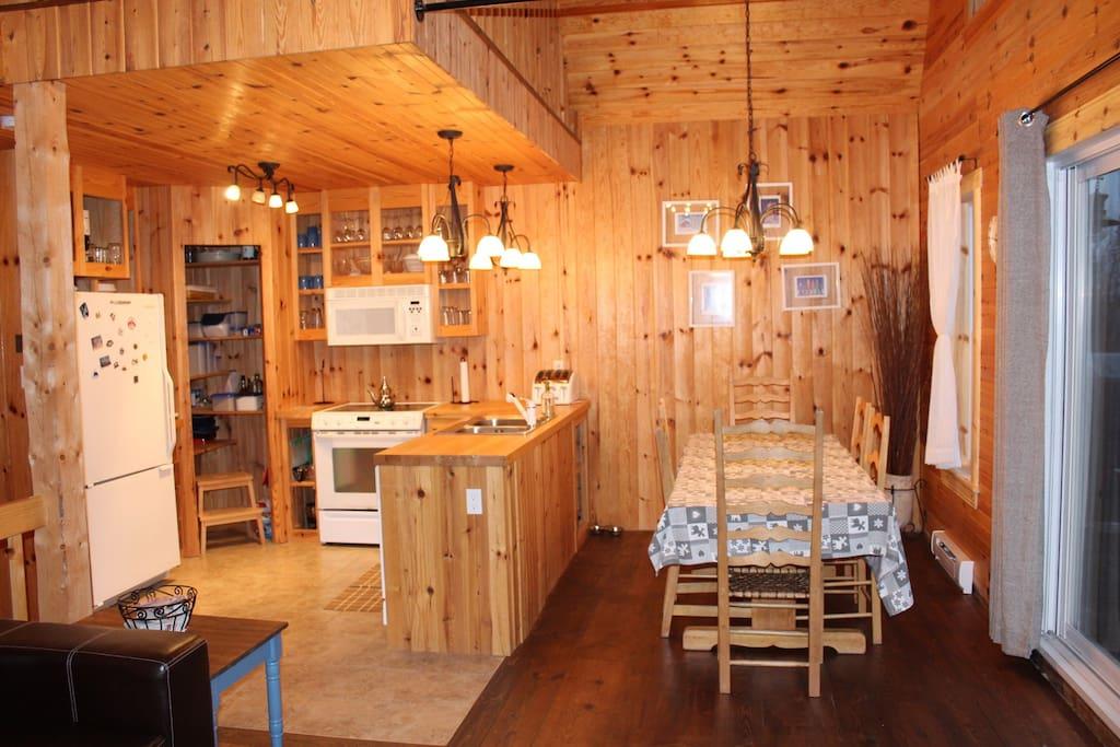 Cuisine et salle à manger 10 places
