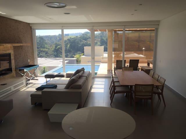 Casa em condomínio fechado completa - Santana de Parnaíba - Ev