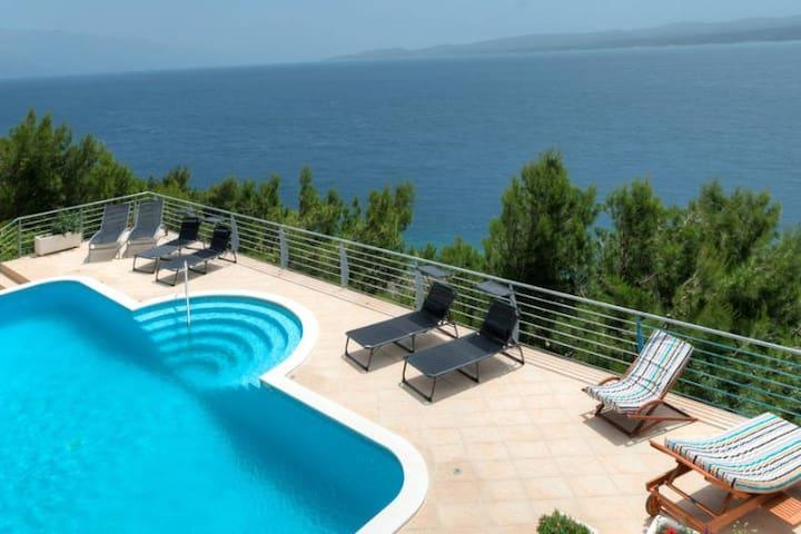 Sunny apartments with swimming pool A2 - Lokva Rogoznica - Apartamento