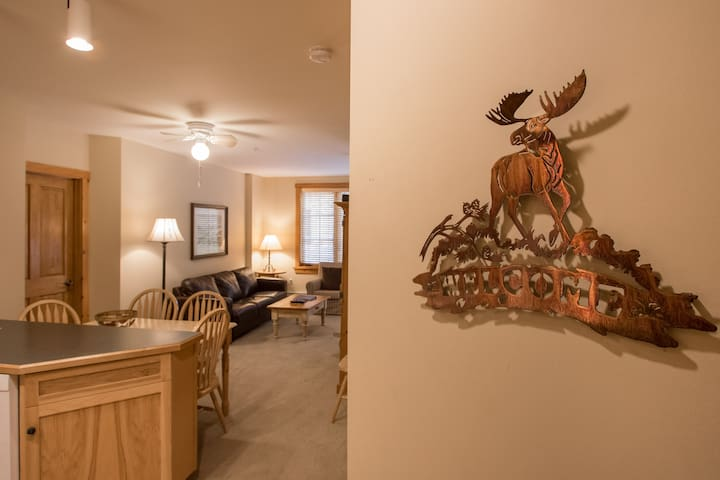 Welcome to the Keystone Family Zone Condo, your home in the Rockies