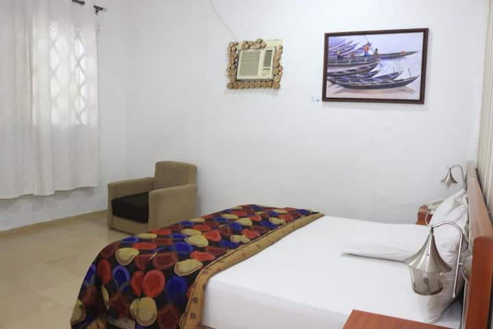 NatureMark Gallery and Guest House-EXECUTIVE SUITE