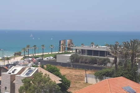 Herzliya Pituach - 1 Bed - Sea View