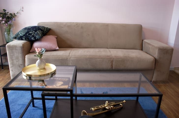 Clean and cozy apartment in Piraeus near the port