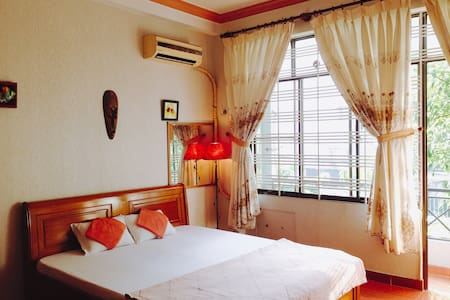 Rooster-a home away from home, near Airport, Etown - Ho Chi Minh City