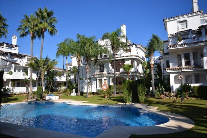 Amazing Penthouse Puerto Banus