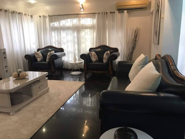 Exquisitely furnished & serviced 2bedroom terrace