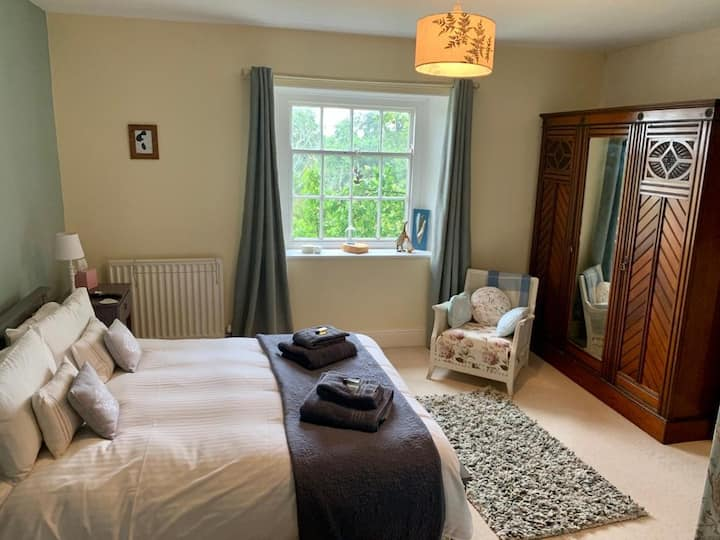 Double room with en suite. N.yorks