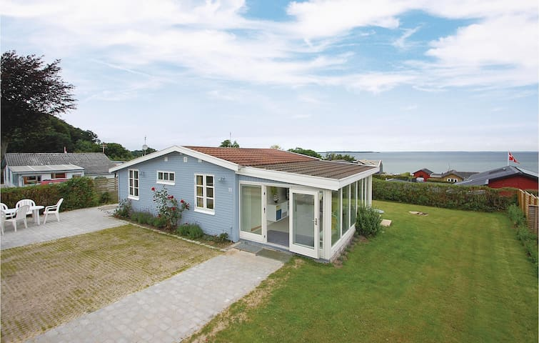 Holiday cottage with 3 bedrooms on 68m² in Haderslev