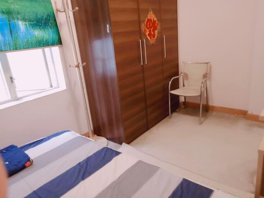 女房东每天打扫房间卫生;免费洗衣服