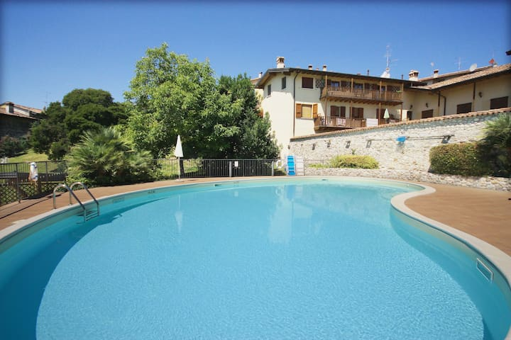 "Holiday ""Borgo Castelli"""