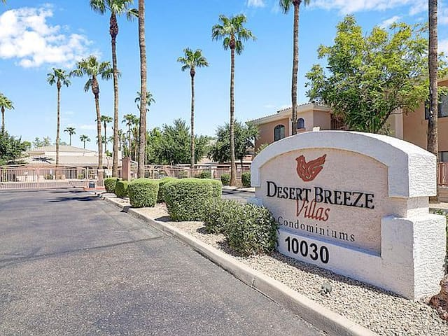 Desert Breeze Villas
