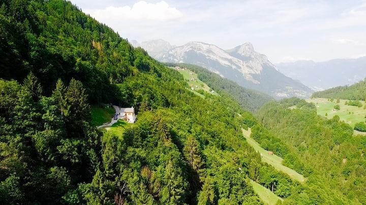Ferienhaus Gästehaus | Heidiland (Schweizer Berge)