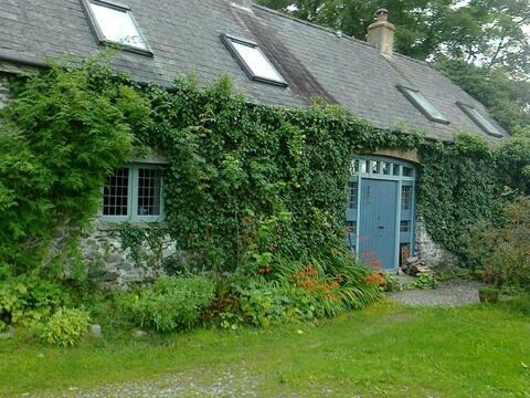 Odpocznij w pięknie przebudowanej stodole z XVI wieku