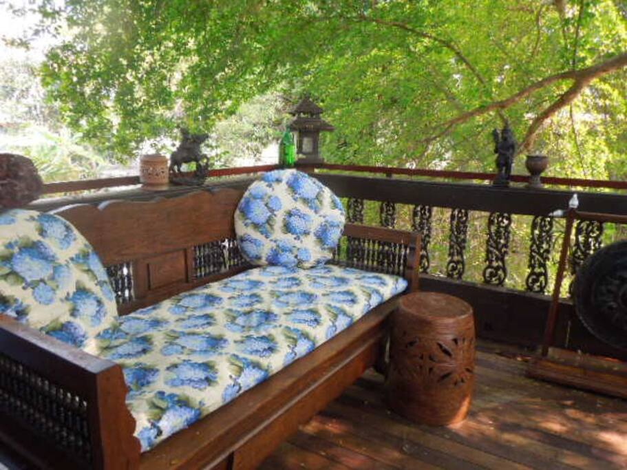 Comfy daybed on deck