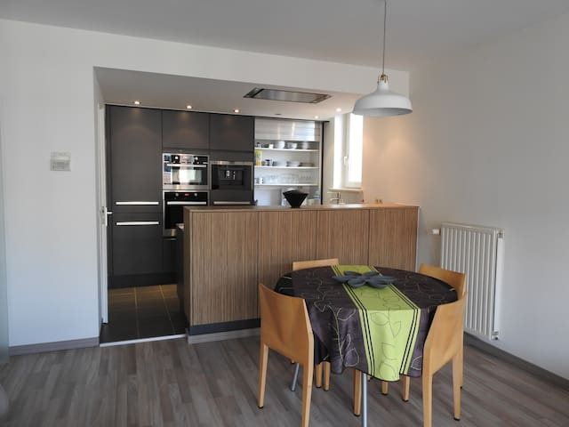 Bright & Luxury City Centre apartment in Ghent