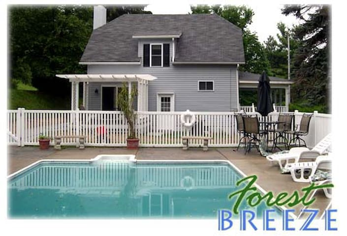 Forest Breeze Guest House - Ellwood City