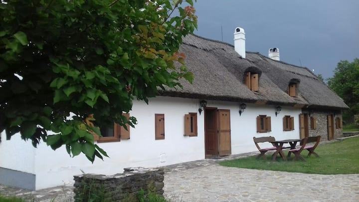 Tihany Snowflower Guest House / Hóvirág Vendégház