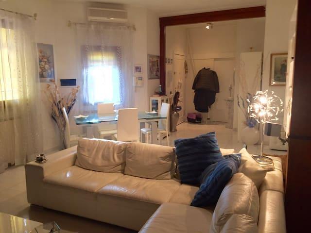 Roberta House Roma - Roma - Casa