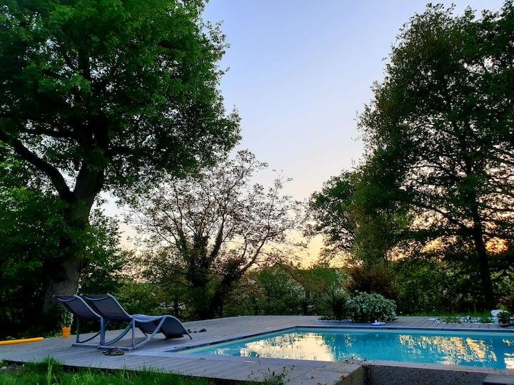 Belle maison de campagne avec piscine pour 10 pers