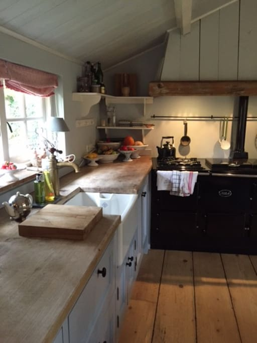kitchen with all comfort