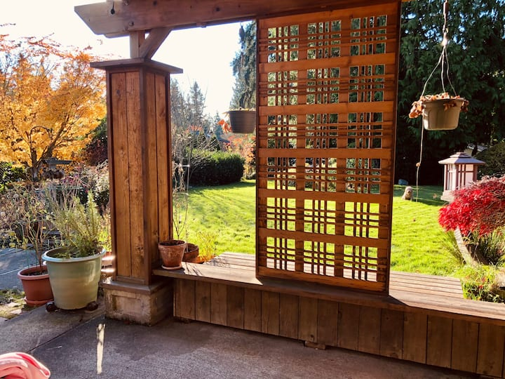 Zen Garden Oasis - Close to Seattle & Mountains!