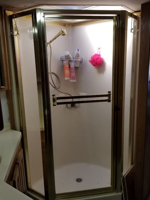 Full sized shower