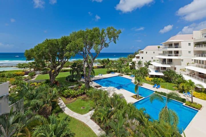 Beachfront Luxury Condo - Palm Beach Condominum